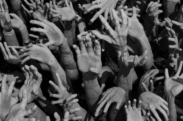 Grasping hands, Hell, sculpture